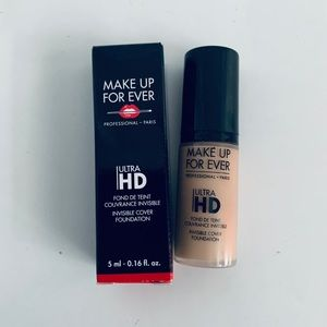Make Up For Ever - Ultra HD Foundation R230